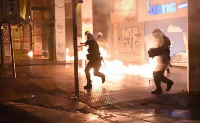 Νέο κρούσμα οπαδικής βίας – Μαχαίρωσαν φίλο του Ολυμπιακού | tovima.gr