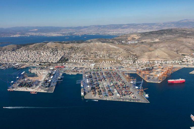 New York Times: Το ΚΑΣ μπλοκάρει την επένδυση της COSCO στον Πειραιά | tovima.gr