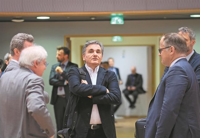 Μαύρη τρύπα 5 δισ. ευρώ θα φέρει νέα μέτρα   tovima.gr