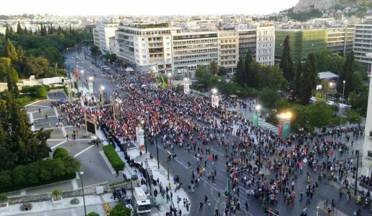#Σύνταγμα: Πάρτι στο Twitter για την άδεια πλατεία στην ομιλία του Τσίπρα | tovima.gr