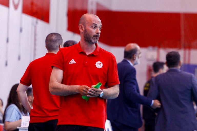 Ολυμπιακός – Ζαραβίνας : «Στο δεύτερο μισό δεν παίχτηκε χάντμπολ» | tovima.gr