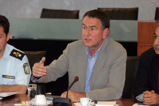 Επίθεση Βούγια σε Νοτοπούλου: Δεν μπορεί να κατανοήσει τη λογική του Κλεισθένη | tovima.gr