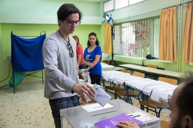 Έκλεψε τις εντυπώσεις ο Μητσοτάκης Junior | tovima.gr