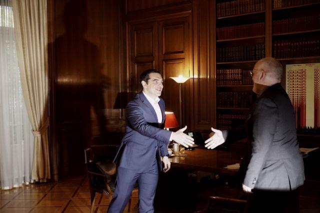 Tsipras backs Timmermans for European Commission presidency | tovima.gr