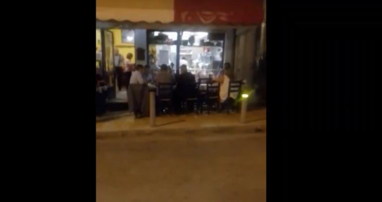 Αντιεξουσιαστές προκάλεσαν με χυδαία συνθήματα τον Κ. Μπακογιάννη στα Άνω Πετράλωνα | tovima.gr