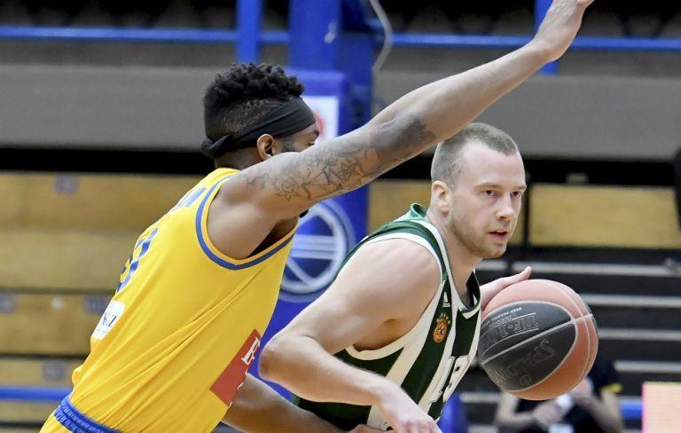 Τραυματίστηκε ο Λεκαβίτσιους, αγωνία στον Παναθηναϊκό   tovima.gr