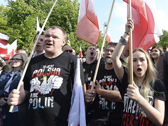 Ο Τραμπ, οι Πολωνοί και η αντιπαράθεση για το Ολοκαύτωμα | tovima.gr
