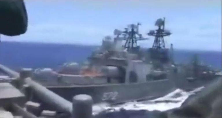 Παρολίγο σύγκρουση ρωσικού αντιτορπιλικού-αμερικανικού καταδρομικού (βίντεο) | tovima.gr
