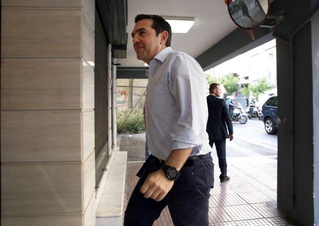 Τσίπρας: Εκτός ψηφοδελτίων όποιος βγει στον ΣΚΑΙ | tovima.gr