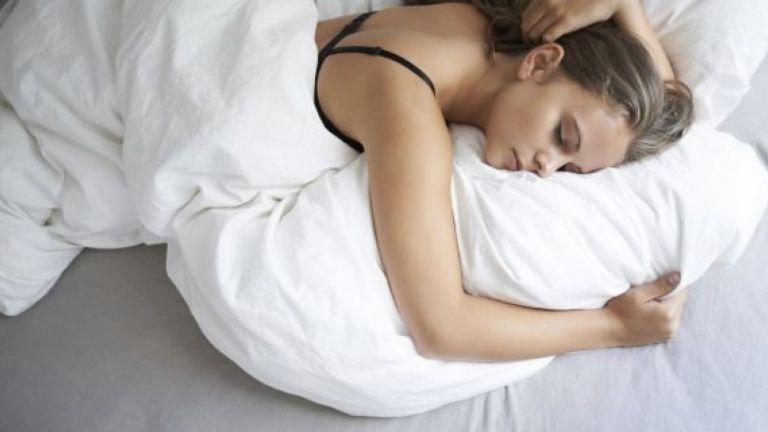 Ο ύπνος με ανοιχτή τηλεόραση παχαίνει | tovima.gr