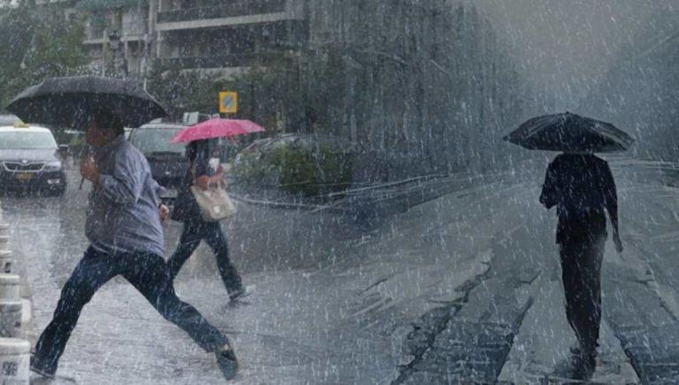 Κακοκαιρία : Καταιγίδες, πλημμύρες και… χαλάζι ακόμα στην Ατική | tovima.gr