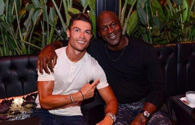 Συνάντηση γιγάντων: Η αγκαλιά του Ρονάλντο με τον Τζόρνταν | tovima.gr
