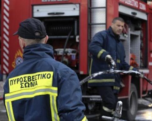 Συναγερμός στην Κόρινθο : Στις φλόγες σουπερμάρκετ | tovima.gr