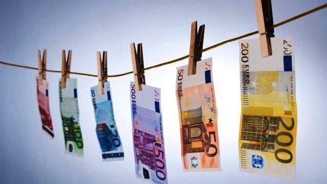 Ποιοι χρωστούν στο Δημόσιο πάνω από 150.000 ευρώ ο καθένας   tovima.gr