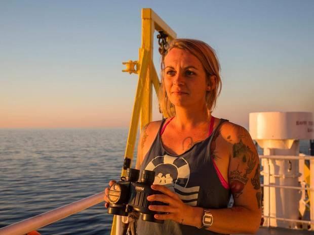 Πία Κλεμπ, η καπετάνισσα που αγνόησε τον Σαλβίνι και η ποινικοποίηση της αλληλεγγύης | tovima.gr
