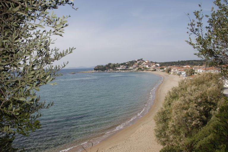 Φοινικούντα Μεσσηνίας: Υπέροχες αμμουδιές και κρυστάλλινα νερά | tovima.gr