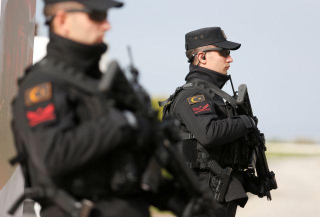Τουρκία: Συνελήφθησαν 82 στρατιωτικοί ως ύποπτοι για σχέσεις με τον Γκιουλέν | tovima.gr