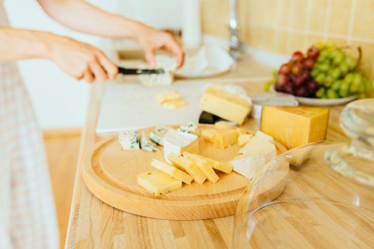 Κορεσμένα λιπαρά: Να τρώμε λίγα ή καθόλου;   tovima.gr