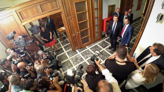 Μητσοτάκης στο πρώτο Υπουργικό: Είμαστε εδώ για να στήσουμε γέφυρες όχι να υψώσουμε τείχη (live) | tovima.gr