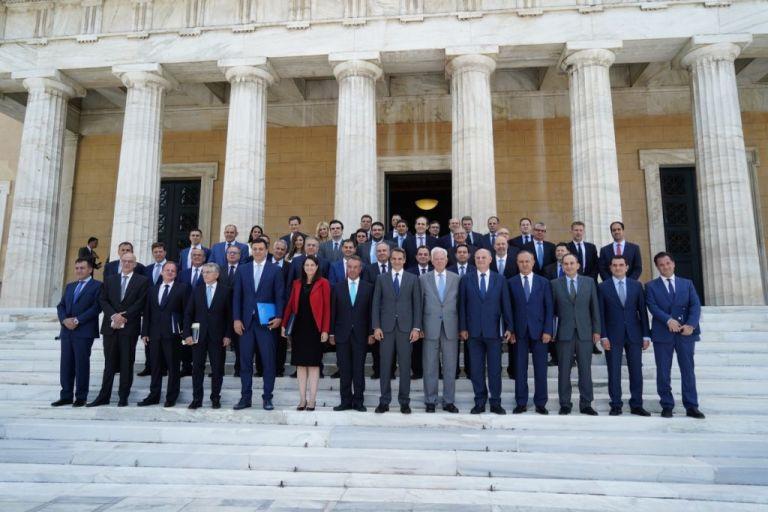 Μοναχισμός στην εξουσία | tovima.gr