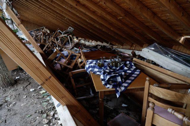 Χαλκιδική: Ο αέρας σήκωσε ψηλά τον 8χρονο και τον πέταξε στην τζαμαρία της ταβέρνας | tovima.gr