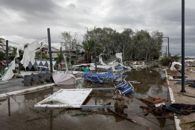 Συγκλονιστικό βίντεο : Οταν η φονική καταιγίδα «χτυπά» ΙΧ   tovima.gr
