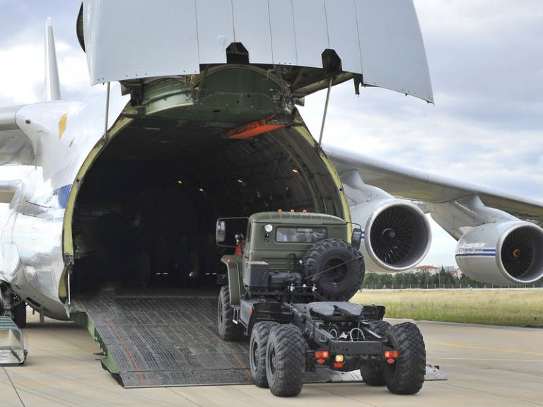 Οι S-400 έφτασαν στην Τουρκία | tovima.gr