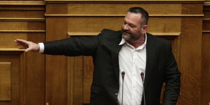 Διαλύεται η Χρυσή Αυγή: Δήλωση ανεξαρτητοποίησης από Λαγό | tovima.gr