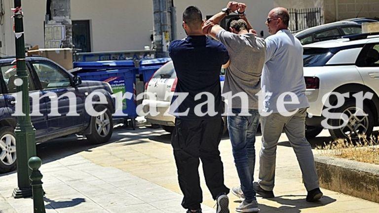 Ζάκυνθος: Στο σπίτι του τη Δευτέρα ο 27χρονος πατροκτόνος | tovima.gr