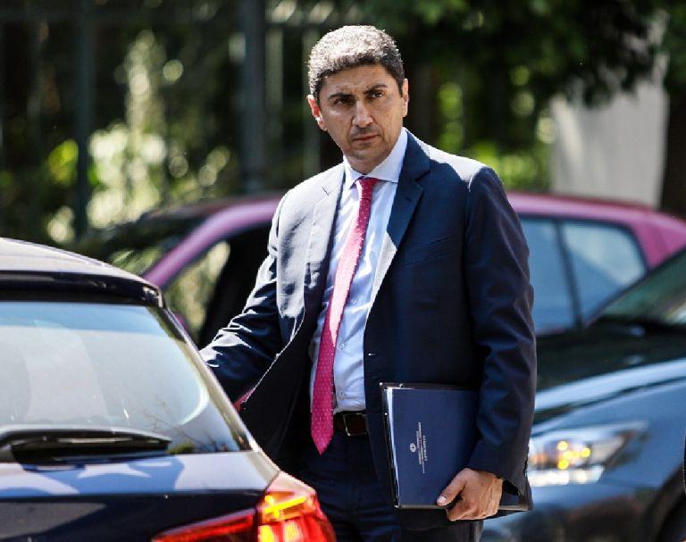 Συνάντηση Αυγενάκη – UEFA, αναξιοποίητο κονδύλι για Παγκρήτιο | tovima.gr