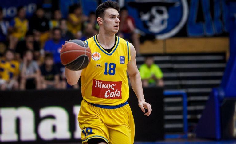 Ζώης Καράμπελας : Ο καλύτερος νέος παίκτης της Basket League | tovima.gr