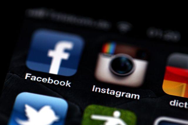 Επεσαν Facebook και Instagram | tovima.gr