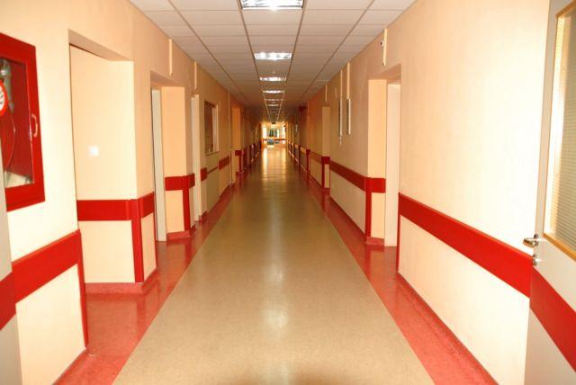 Σάμος : Εδιναν ψευδείς βεβαιώσεις υγείας σε αιτούντες άσυλο   tovima.gr