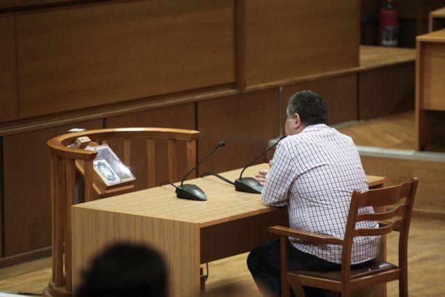 Δίκη Χρυσής Αυγής : Απολογείται ο Γιώργος Ρουπακιάς | tovima.gr