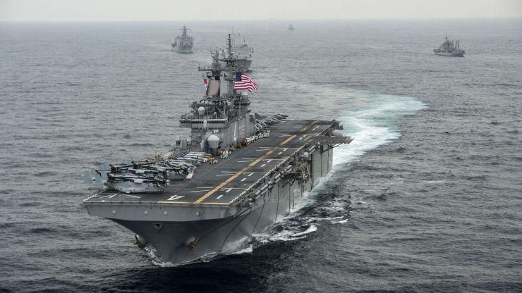 Τραμπ: Αμερικανικό πολεμικό πλοίο κατέρριψε ιρανικό drone στο Στενό του Ορμούζ | tovima.gr