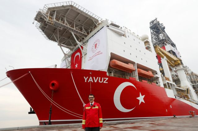 Ignoring EU sanctions, Ankara drilling in Cyprus' EEZ, to send fourth ship | tovima.gr