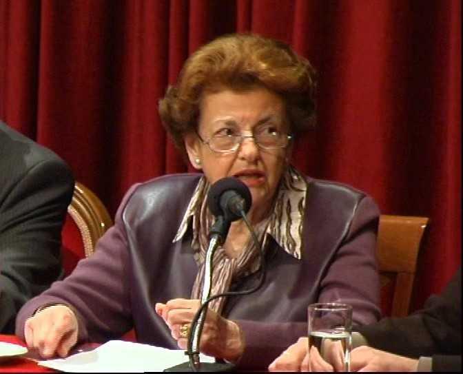 Πέθανε η ιστορικός Λουκία Δρούλια | tovima.gr
