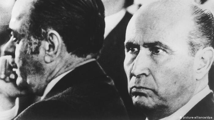 Η δικτατορία στην Ελλάδα μεταξύ μνήμης και λήθης | tovima.gr