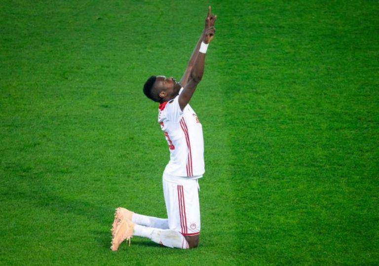 Το μήνυμα του Ολυμπιακού για τον Σισέ και τη Σενεγάλη | tovima.gr