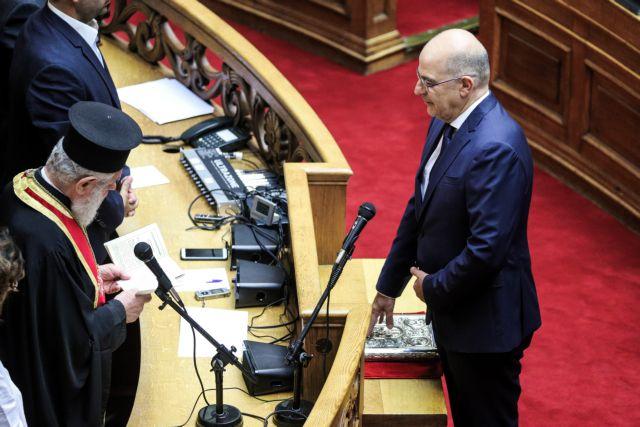 Ορκίστηκε βουλευτής ο Νίκος Δένδιας | tovima.gr