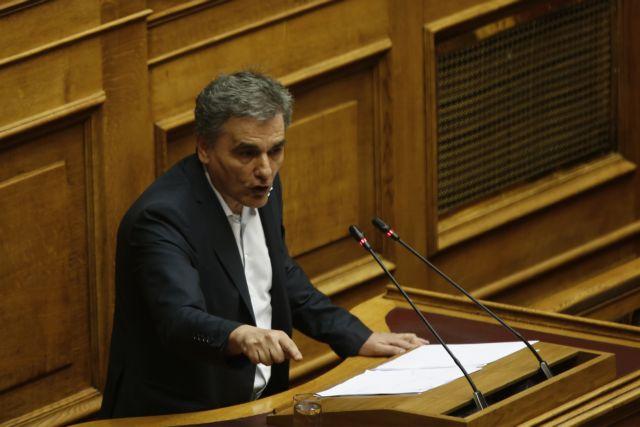 Τσακαλώτος ρωτά ΝΔ : Που θα βρείτε τα 1,8 δισ. για τα μέτρα του 2020 | tovima.gr