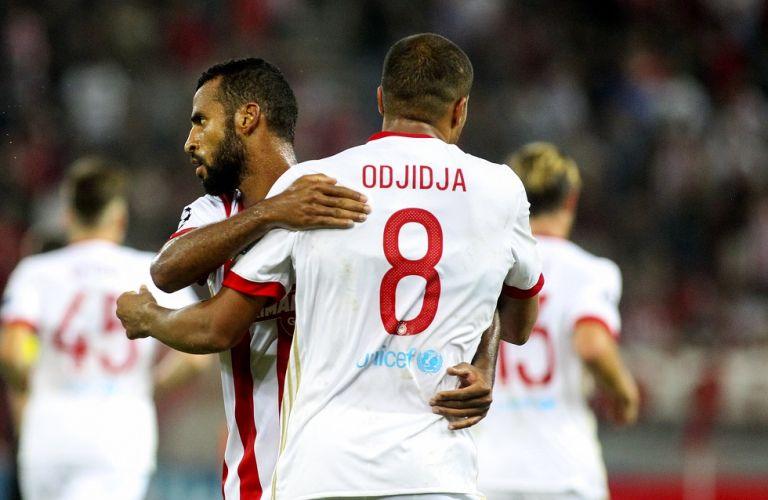 Η συνάντηση δυο πρώην παικτών του Ολυμπιακού   tovima.gr