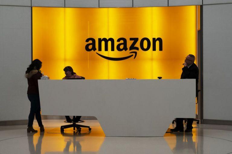 Απεργιακές κινητοποιήσεις στην Amazon και καταγγελίες για απάνθρωπες συνθήκες εργασίας | tovima.gr