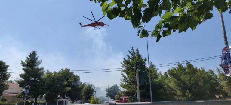 Κάτοικος Ραφήνας στο One Channel: Πολύ μεγάλη η κινητοποίηση της Πυροσβεστικής | tovima.gr