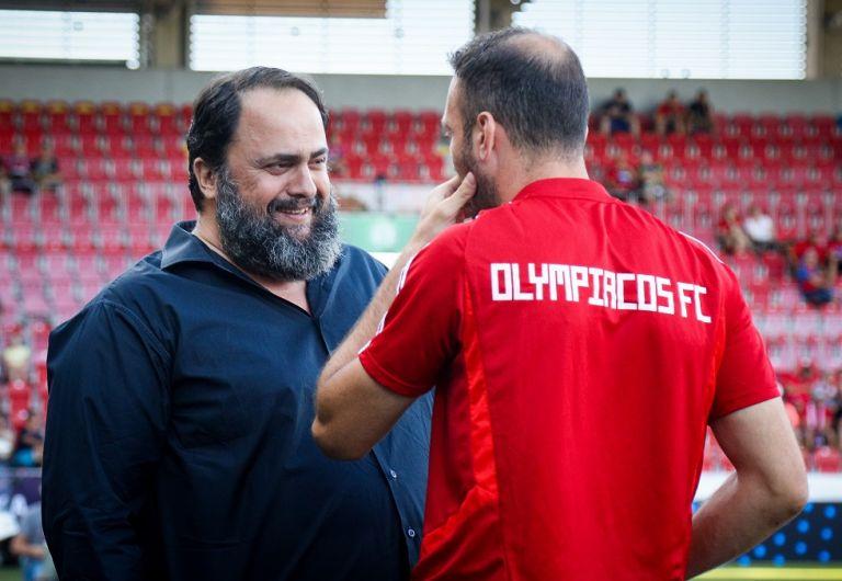 Πλζεν – Ολυμπιακός : Δίπλα στην ομάδα ο Βαγγέλης Μαρινάκης | tovima.gr
