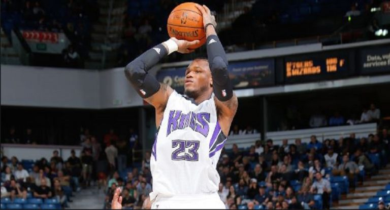 NBA : «Ρουκέτα» ο Μάκλεμορ | tovima.gr