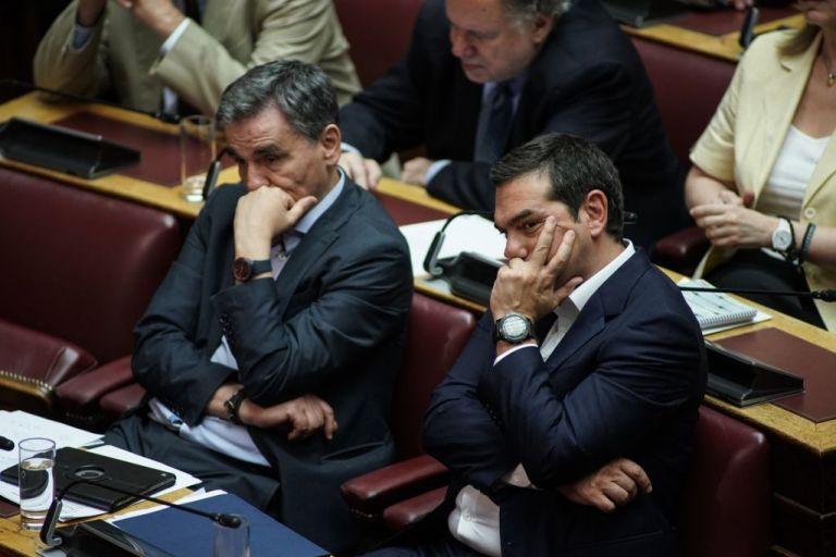 Από που πηγάζει η αντιπολιτευτική αμηχανία του ΣΥΡΙΖΑ;   tovima.gr