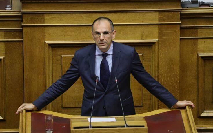 Γεραπετρίτης: Έως 30% το δημοσιονομικό όφελος από τη μείωση των μετακλητών | tovima.gr