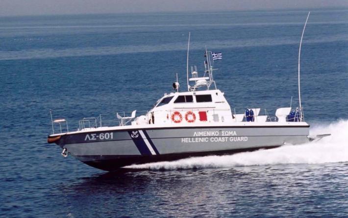 Σκιάθος: Ταχύπλοο παρέσυρε και σκότωσε ψαροντουφεκά | tovima.gr