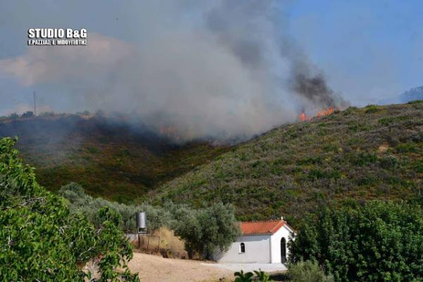 Πυρκαγιά  κοντά σε μοναστήρι στην Αργολίδα | tovima.gr